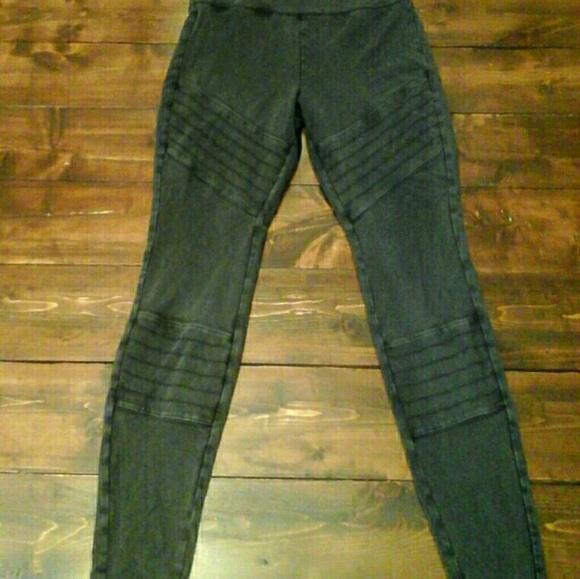 b3b7b9b67262e Mossimo Moto Faded Black High Waist Leggings MED. M_5be36a406197459a41a65034
